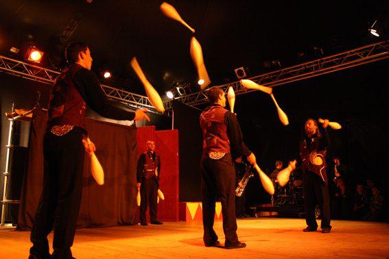 juggle-2.jpg