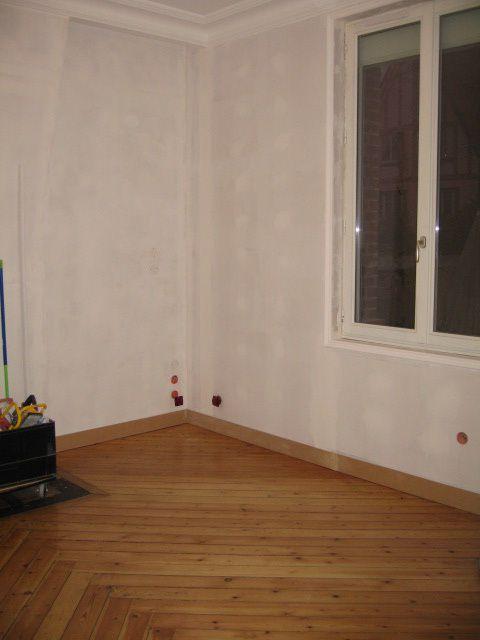 Des plinthes au parquet salon pisode 24 r novation d - Plinthe de renovation ...