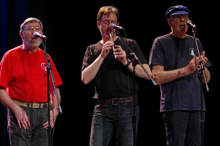 Très beau concert à la Salle du Ponant, le 27 avril 2012. Merci à Alain Vallée pour les photos !