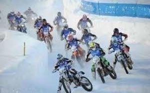 course motos sur glace