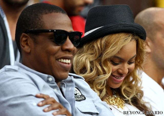 Jay-Z-and-Beyonce-at-US-Open-4-580x435