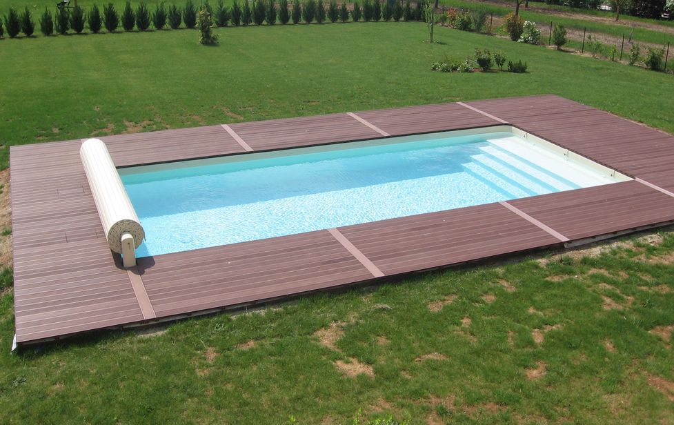 lames de finition 1ere partie piscine en blocs poly terrasse en bois composite. Black Bedroom Furniture Sets. Home Design Ideas