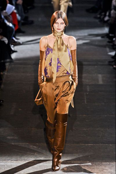 defile-givenchy-fashion-week-paris-automne-hiver-2012-2013-.jpg