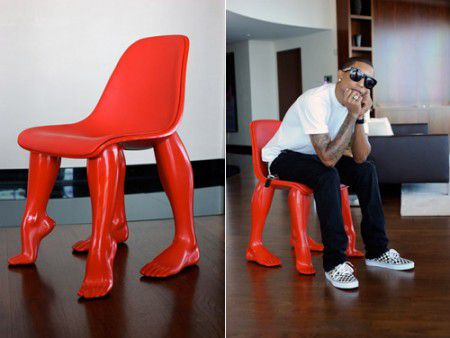 perspective-chair-pharell-williams-450x338.jpg