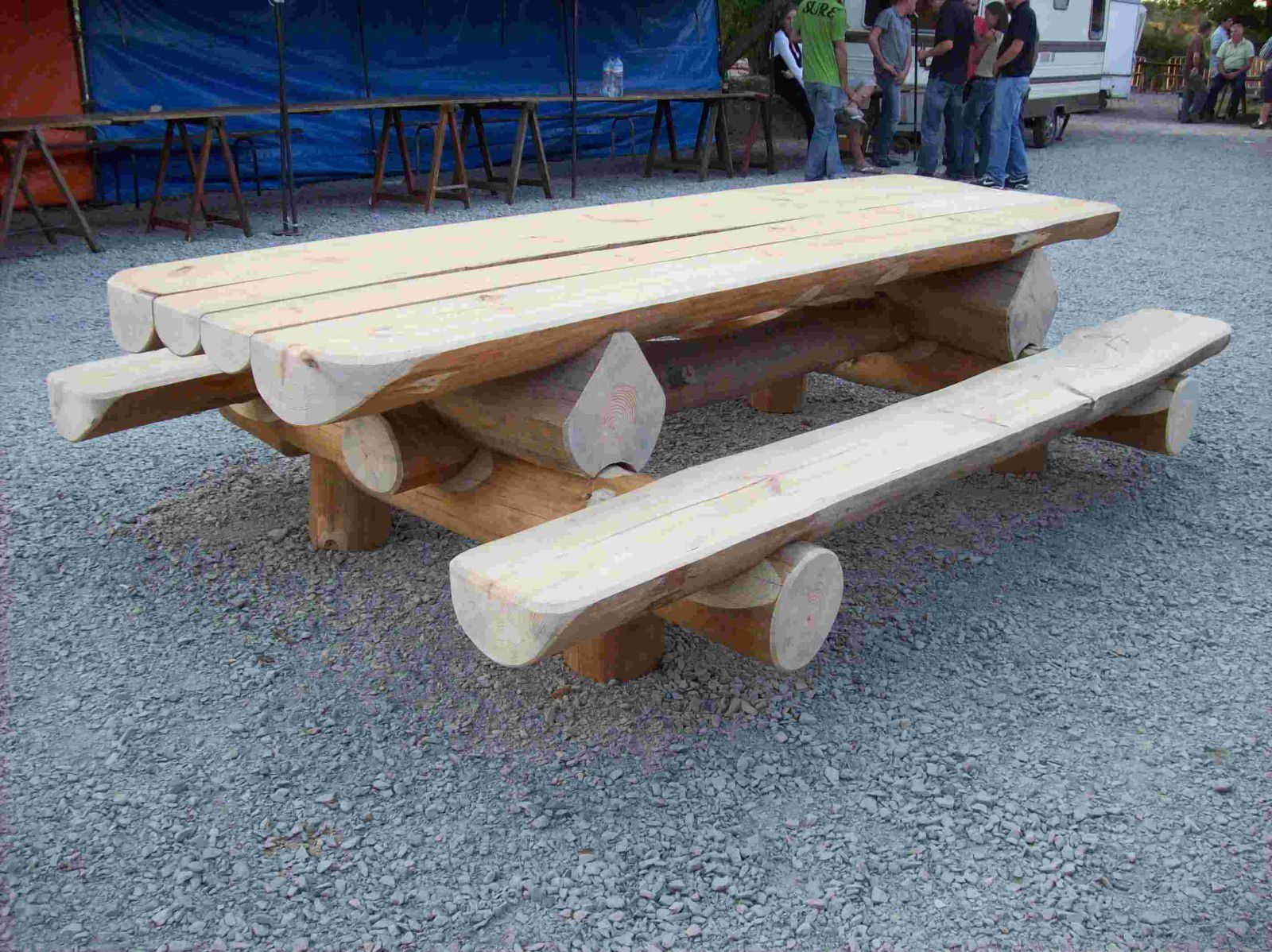 Album tables jardin rondins for Banc de table en bois