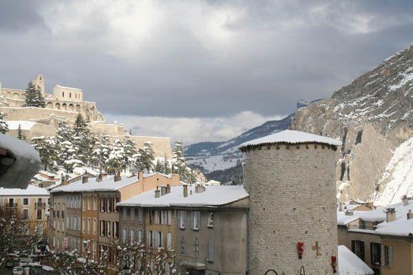 94 Sisteron sous la neige