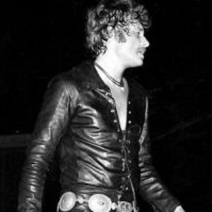 Ensemble-en-cuir-Johnny-Hallyday-Tournee-1970.jpg