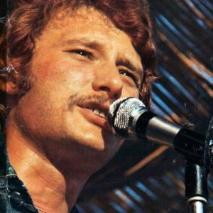 Ensemble-en-jean-Johnny-Hallyday-Tournee-1970.jpg