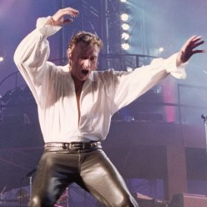 Johnny-Hallyday--Bercy-1992.-Tournees---costume-n2.jpg