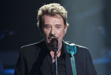 NRJ-Music-Awards-2012-Johnny-Hallyday-present-a-la-ceremoni.jpg