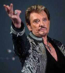 johnny-hallyday-prepare-un-nouvel-album_93206_w250.jpg