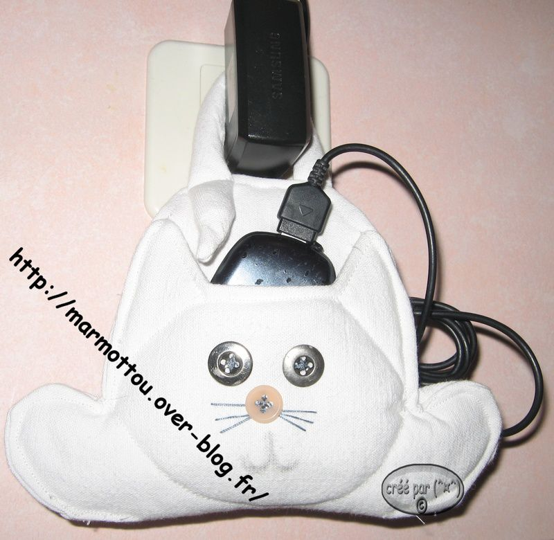 Chat charge le mobil le blog de marmottou - Tuto chat en tissu ...