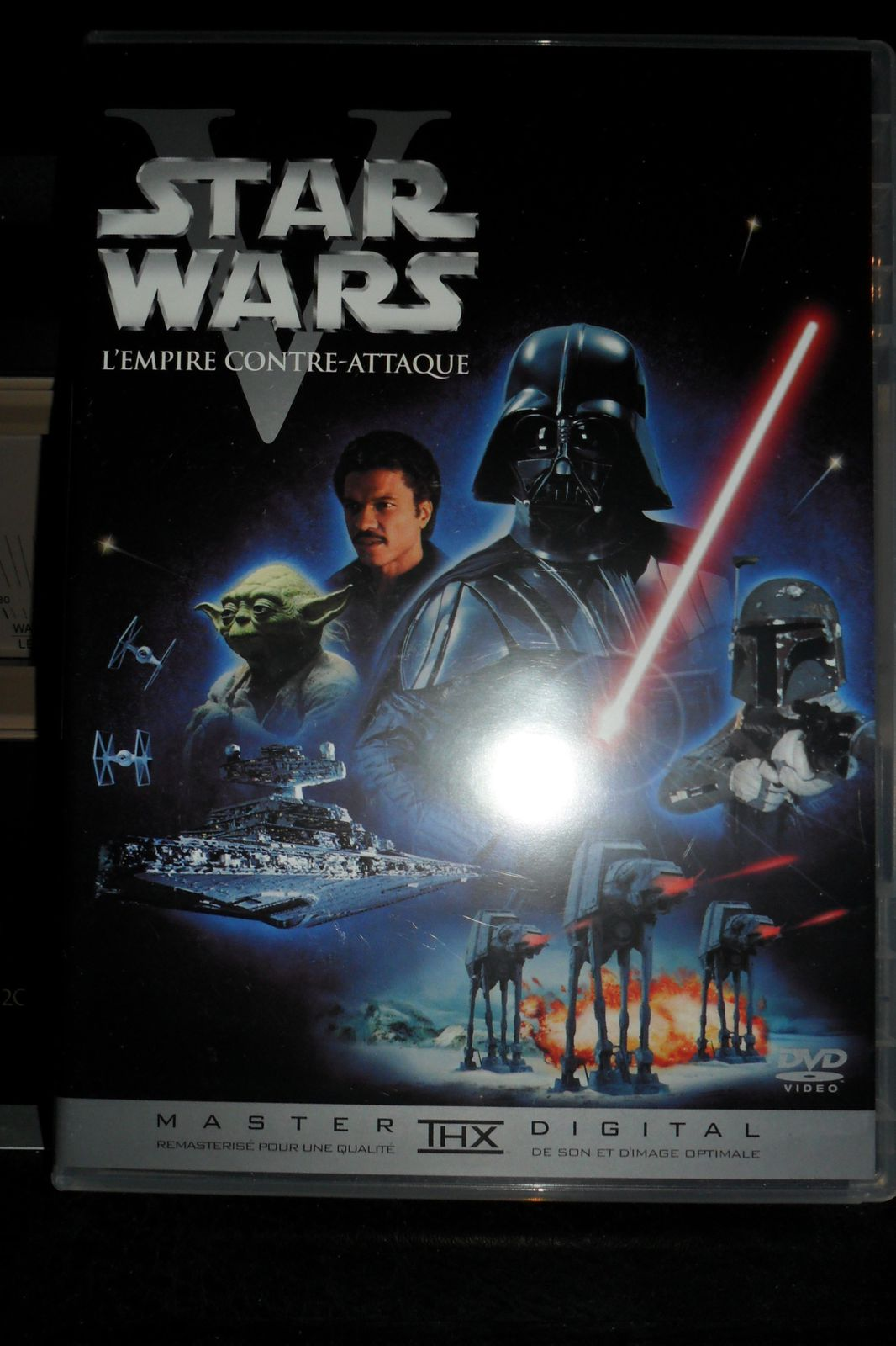 http://idata.over-blog.com/3/18/35/93/jano/film-star-wars/SAM_0004.JPG