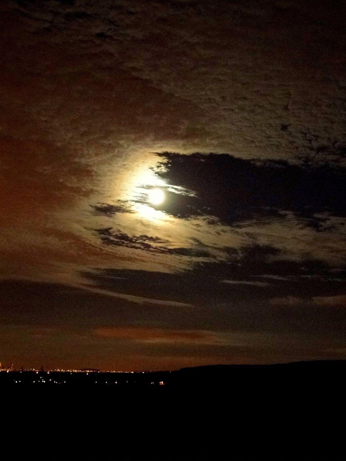 pleine lune Paris