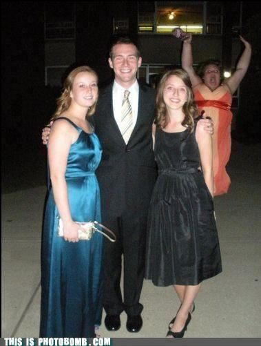 photobomb-that-guy-i-throw-my-hands-up-in-the-air-sometimes