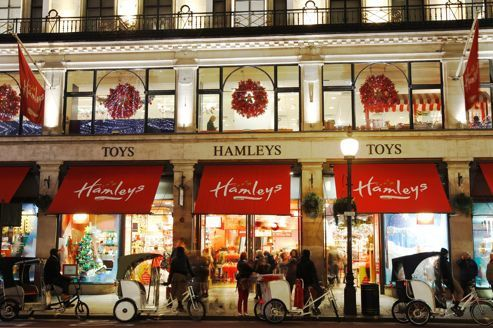 Hamleys vs harrods le panier de crabes - Grand magasin de jouet londres ...