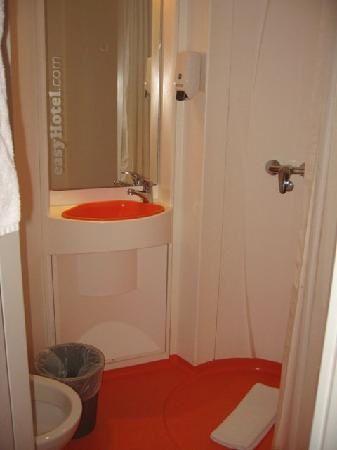 our-hotel-room-sdb-trip-advisor.jpg