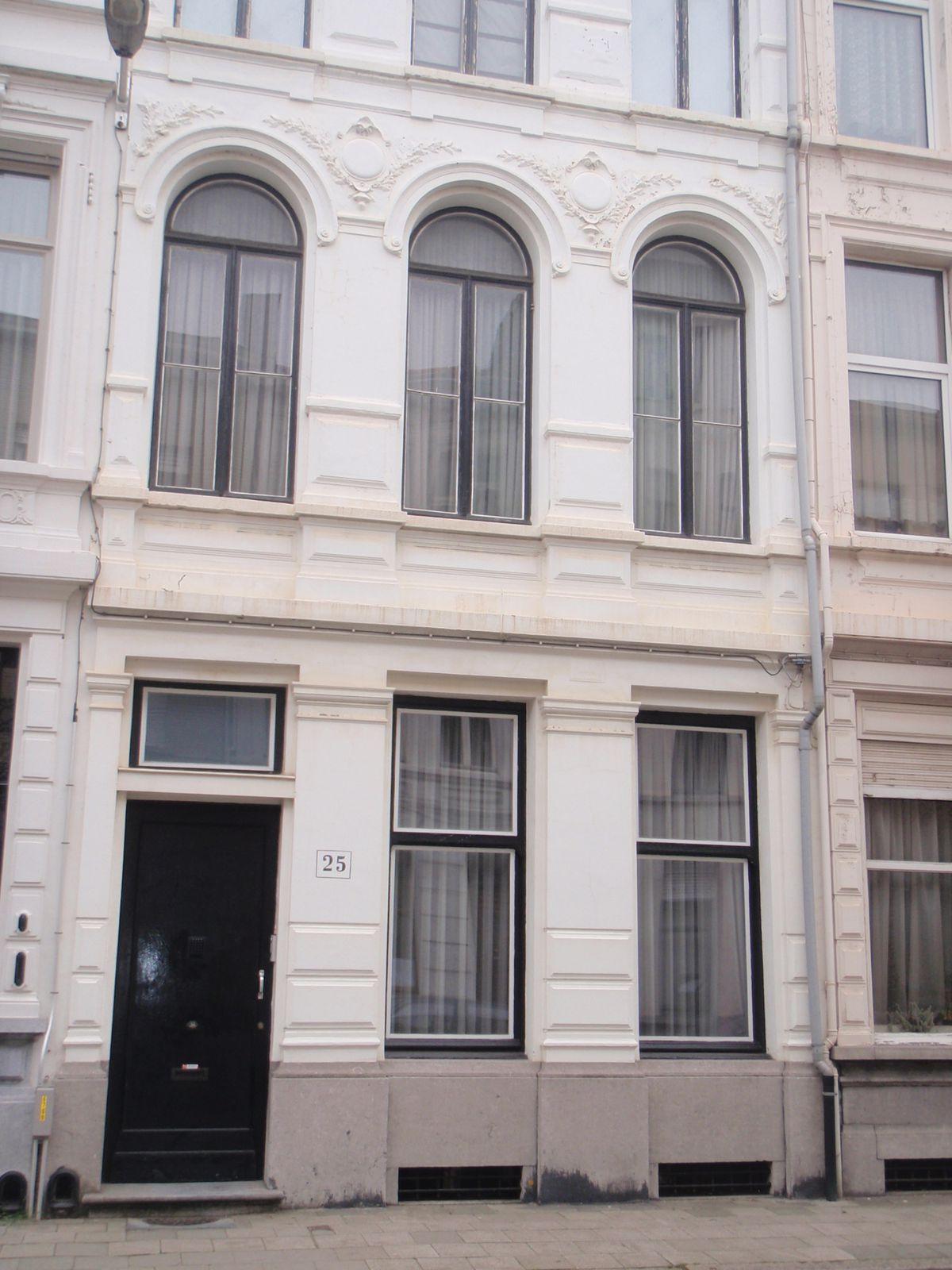 Portes et belles facades d 39 anvers le blog de annie for Facade de porte