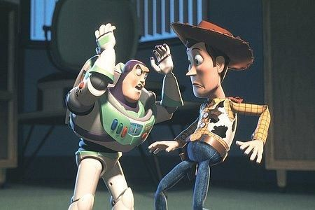 Buzz-l-eclair-et-le-cow-boy-Woody.jpg