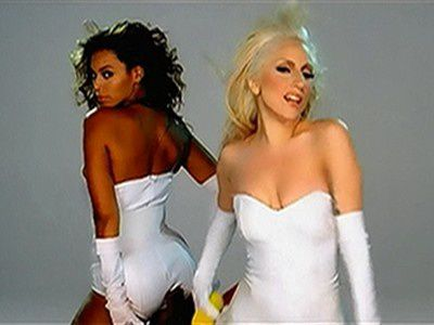 107484 music-video-beyonce-feat-lady-gaga-video-phone