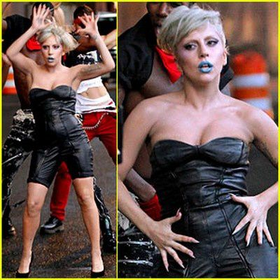 lady-gaga-marry-the-night (1)