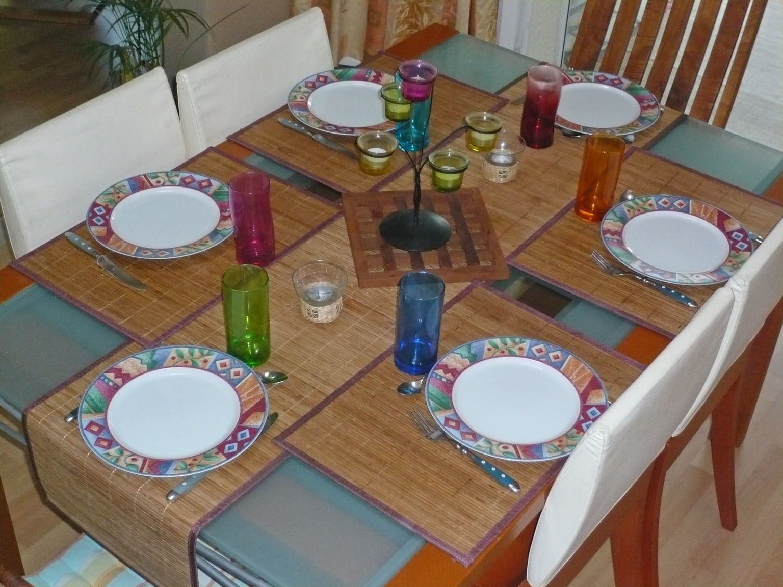 Bien pr senter une table la disposition la composition for Disposition des verres sur la table