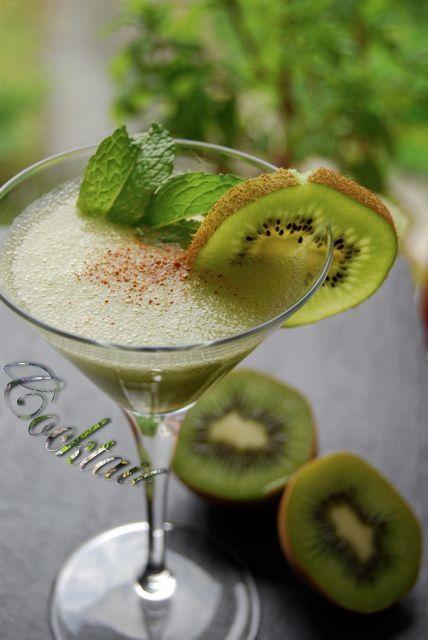 Cocktail kiwi menthe sans alcool les sp culoos de carla for Cocktail kiwi