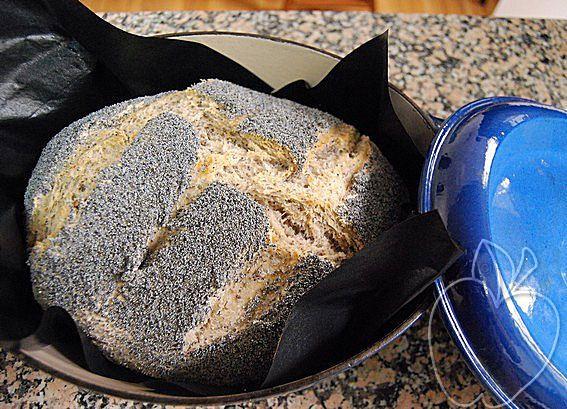 Pan de espelta y amapola paso a paso cocción cocotte (27)