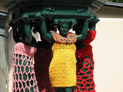 yarnbombing collection in natures paul keirn (40)