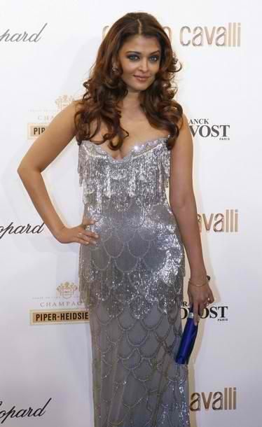 Aish-the-Mermaid_Roberto-Cavalli-Bash-1.jpg
