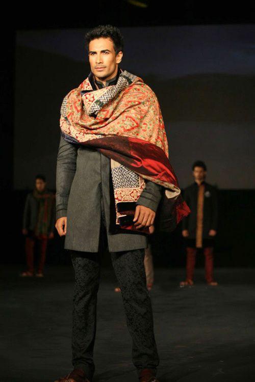 Manish-Malhotra-s-Collection---The-Chivas-Studio-6.jpg