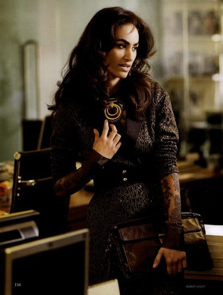 Vogue-India-Editorial-Who-s-The-Boss--February-2011---4.jpg