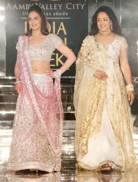 Les-stars-de-Bollywood-lors-de-la-Aamby-Valley-India-Bridal.jpg