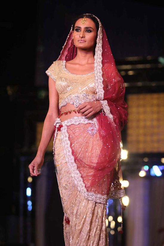 Rocky S Aamby Valley India Bridal Week 2011- Fash-copie-4