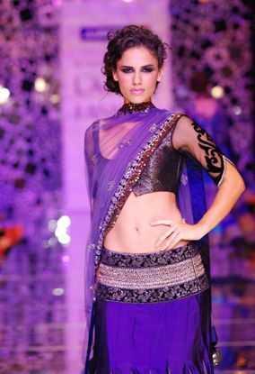 Manish Malhotra LFW 2010 fashio blog india 16