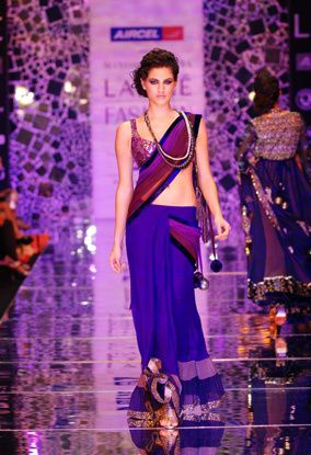 Manish-Malhotra-LFW-2010-fashio-blog-india-3.jpg