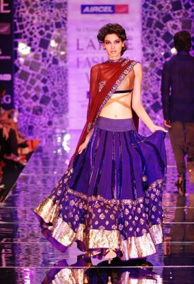 Manish-Malhotra-LFW-2010-fashio-blog-india-5.jpg