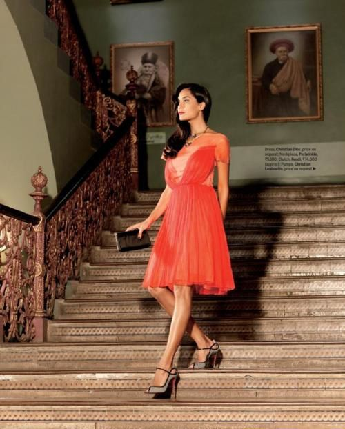 Lisa-Haydon-pour-FEMINA--Avril-2012----Fashion-Ind-copie-2.jpg