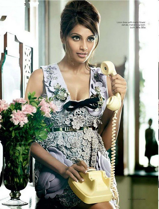 Bipasha-Basu-Photoshoot-for-Vogue-India-MIU-MIU-DRESS.jpg