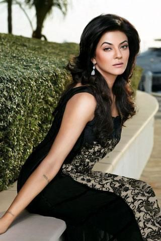 Sushmita-Sen---For-Crescent-Lawns-1.jpg