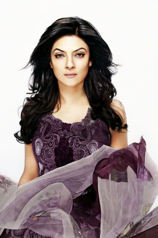 Sushmita-Sen---For-Crescent-Lawns-2.jpg