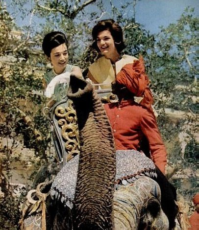 jackie-kennedy-india-elephant-ride.jpg