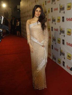 KareenaKapoor_Filmfare-AWards-2012---Fashion-India-Blog.jpg