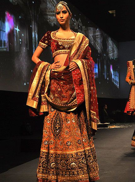 Panchvastra-Ritu-Kumar-Collection-2012---Blog-Fash-copie-5.jpg