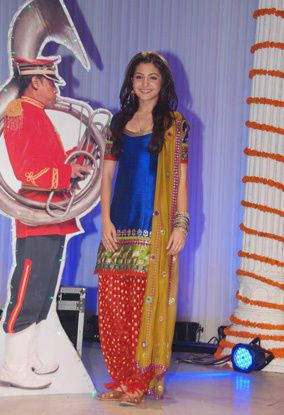 Anushka Sharma Blue Slawar Kamiz in Band Baaja Baarat 1