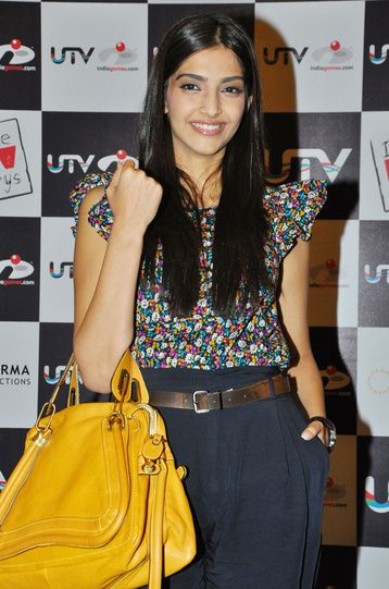 Sac-Bollywood-Sonam-Kapoor-Chloe-bag.jpg