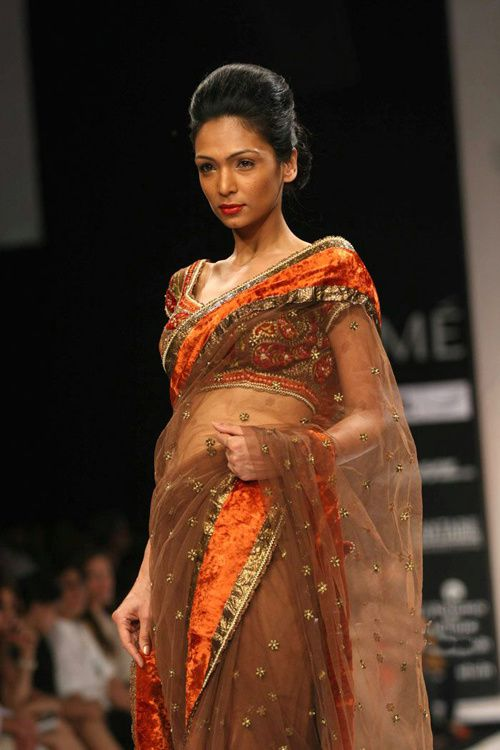 Lakme-Fashion-Week---Defile-Preeti-S-Kapoor-7.jpg