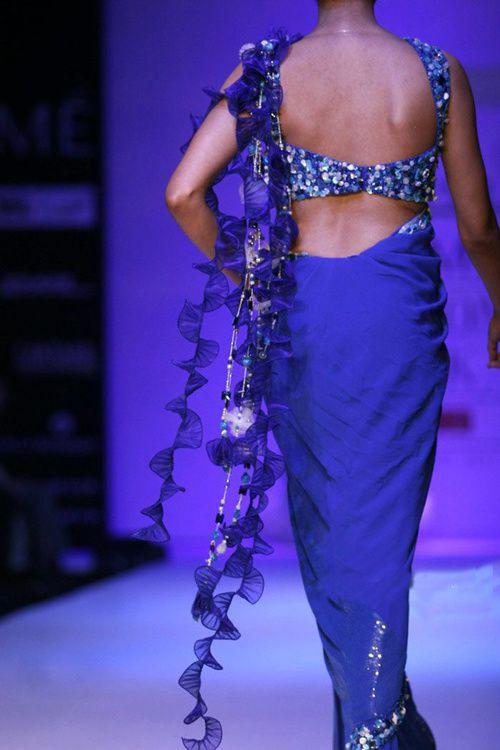 Lakme-Fashion-Week---Defile-Satya-Paul-11.jpg