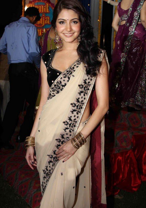 Saree-Anushka-Sharma.jpg