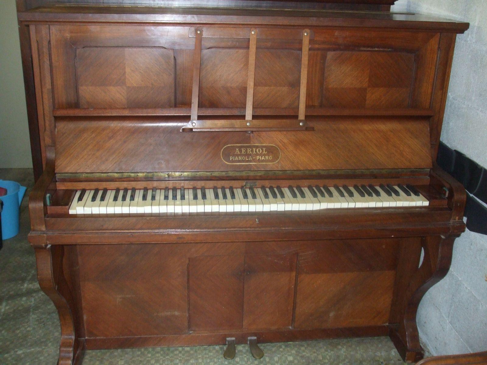 Pianos droits style ancien en vente l 39 atelier de musique - Marque de piano francais ...